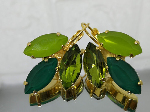 # Model 593 זית אופל, ירוק בקבוק, זית שקוף.  אבנים: קריסטלים שונים.  מתנה בשבילה, מתנה לכלה, עגילי עלים,