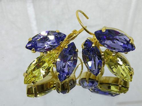 Model # 511  סגול בהיר, צהוב בהיר, סגול בהיר.  אבנים: סברובסקי.  מתנה בשבילה, עגילי דמעה