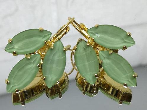 ירוק בהיר  אבנים: אקוורל  מתנה בשבילה, עגילי דמעה, Model # 524