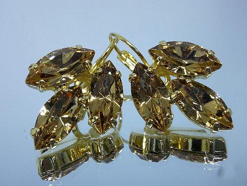 טופז.  אבנים: סברובסקי.  מתנה בשבילה, מתנה לכלה, עגילי עלים, עגילי דמעה, Model # 430