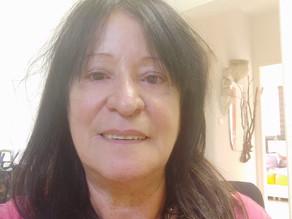 אירית מארחת את דפנה לוי - טווה מילים - בונה אתרים שבונים עסקים.