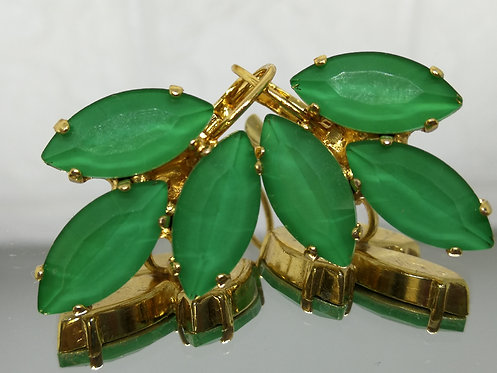 ירוק איזמרגד  אבנים: קריסטל אקוורל.  מתנה בשבילה, מתנה לכלה, עגילי עלים # Model 719