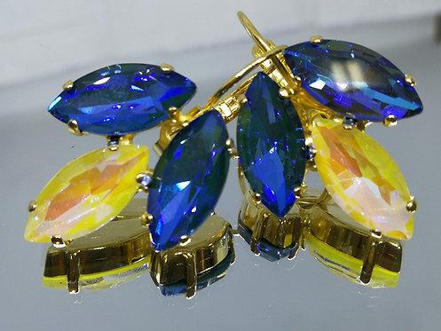 Model # 563 כחול 1, צהוב, כחול 1.  אבנים: קריסטל הזוהר הצפוני.  עגילי קריסטל AB