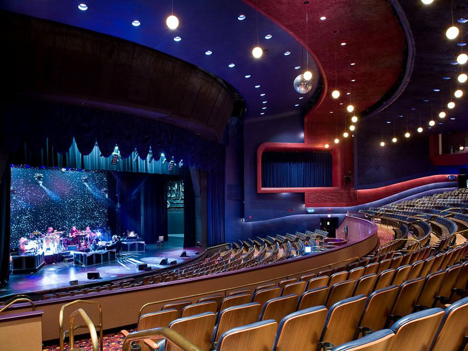 Harrahs AC Theatre