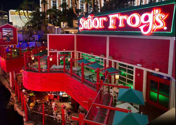 Senor Frogs exterior signage