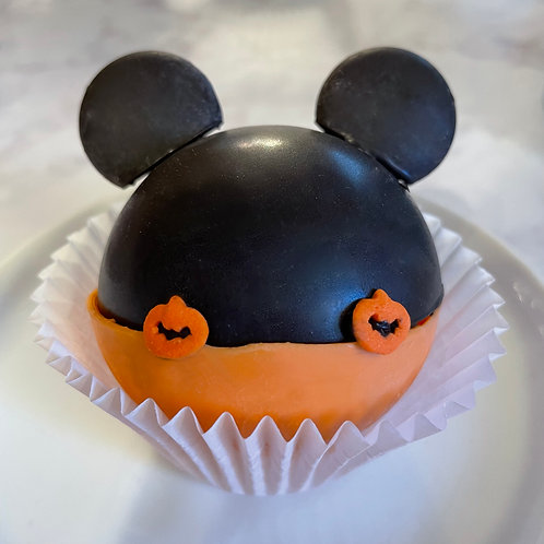 Spooky Magic Mouse Cocoa Bombs