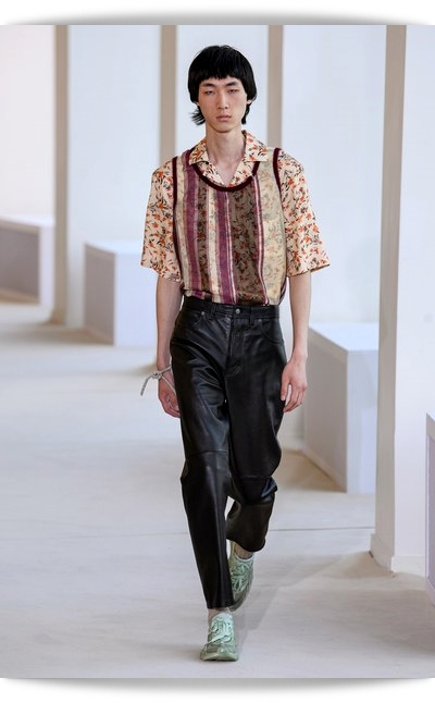 Acne_Studios-Collection_Spring_2020-025-
