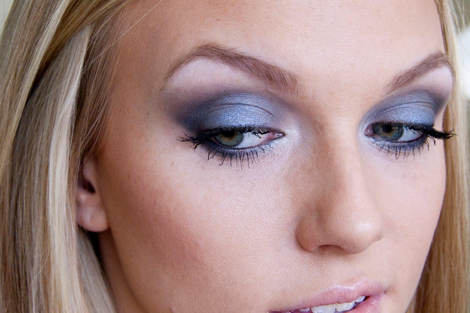 Rocker Eye Makeup: