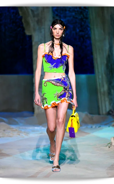 Versace-020-Spring 2021.png