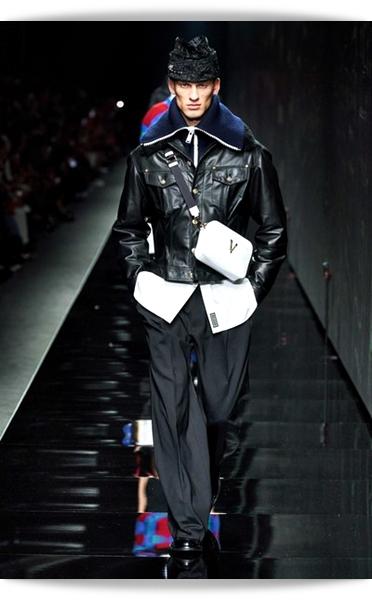 Versace-Fall 2020-007-Menswear.jpg