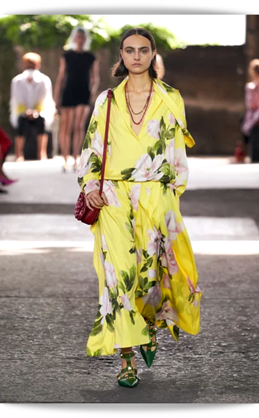 Valentino-015-Spring 2021.png