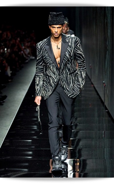 Versace-Fall 2020-035-Menswear.jpg