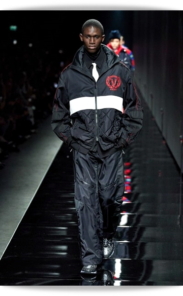 Versace-Fall 2020-008-Menswear.jpg