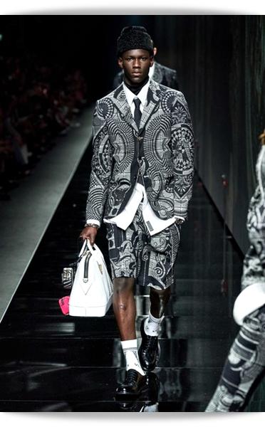 Versace-Fall 2020-030-Menswear.jpg