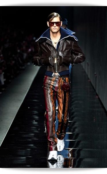 Versace-Fall 2020-020-Menswear.jpg