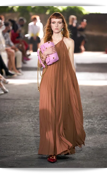 Valentino-034-Spring 2021.png
