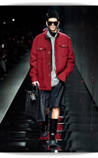 Versace-Fall 2020-006-Menswear.jpg