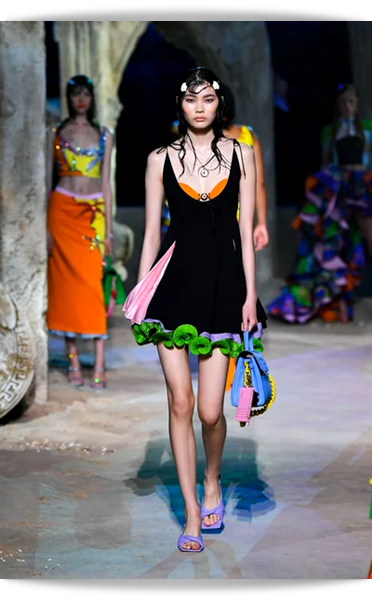 Versace-031-Spring 2021.png