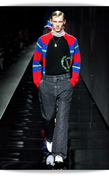Versace-Fall 2020-009-Menswear.jpg
