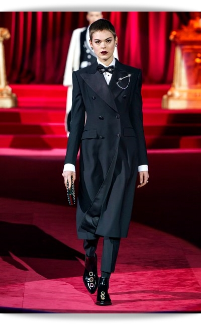 D&G-Eleganza-011-Fall Winter 2019.jpg