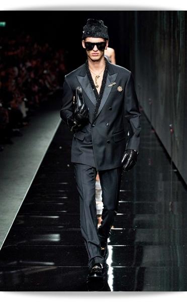 Versace-Fall 2020-036-Menswear.jpg