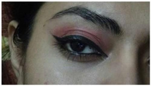 Winged Eyeliner: