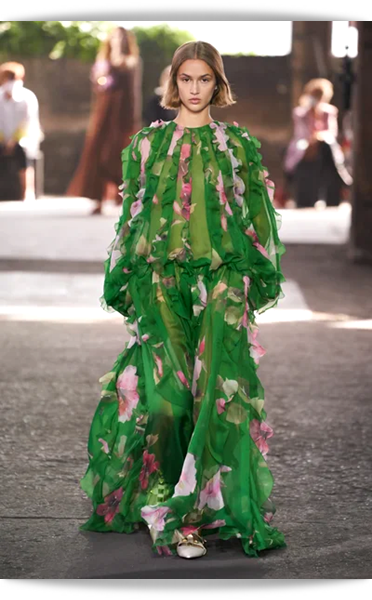 Valentino-048-Spring 2021.png