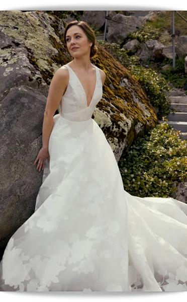Amsale-20-Bridal Spring 2021.png