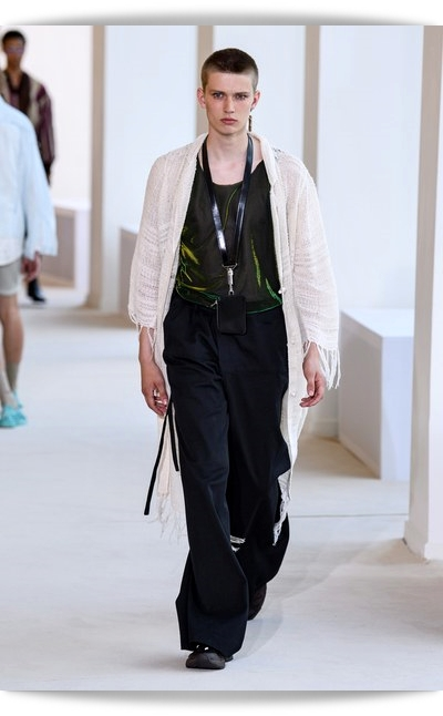 Acne_Studios-Collection_Spring_2020-022-