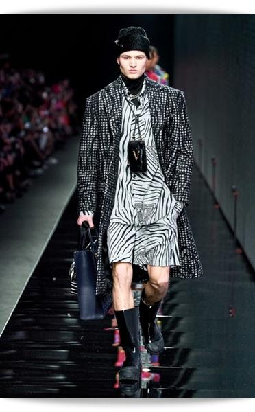 Versace-Fall 2020-014-Menswear.jpg