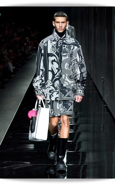 Versace-Fall 2020-029-Menswear.jpg