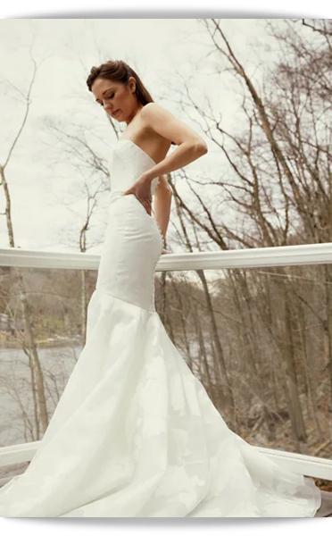 Amsale-19-Bridal Spring 2021.png