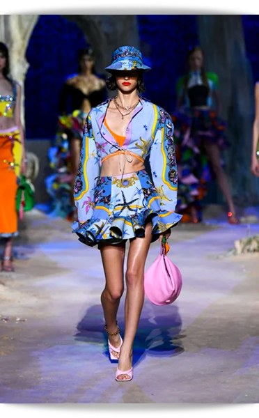 Versace-038-Spring 2021.png