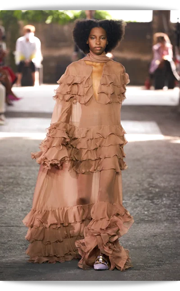 Valentino-049-Spring 2021.png