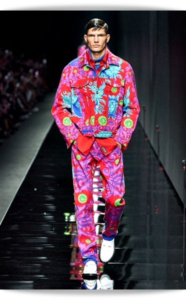 Versace-Fall 2020-016-Menswear.jpg
