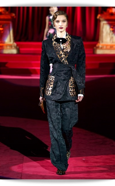 D&G-Eleganza-016-Fall Winter 2019.jpg