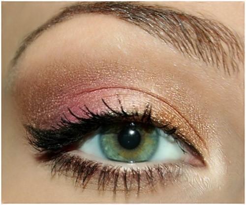 Gold Rose & Brown Eye Makeup: