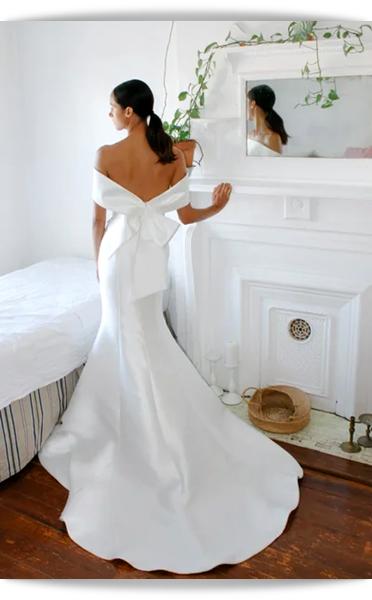 Amsale-01-Bridal Spring 2021.png