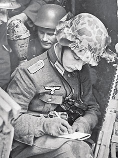 Young german officer 96 orig copy.jpg