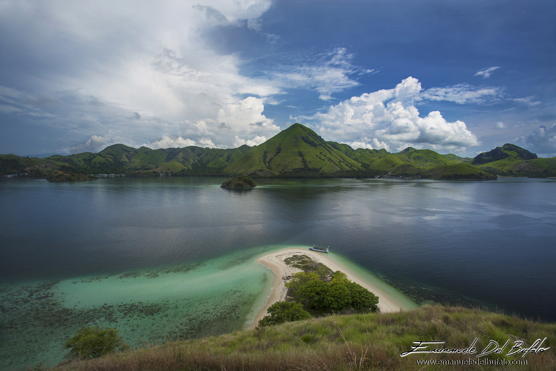 www.emanueledelbufalo.com #indonesia #flores #komodo #landscape #nature.jpg