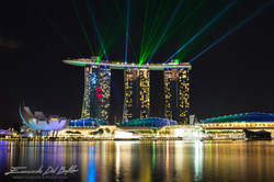www.emanueledelbufalo.com. #singapore #marina_bay #light_show #laser #night