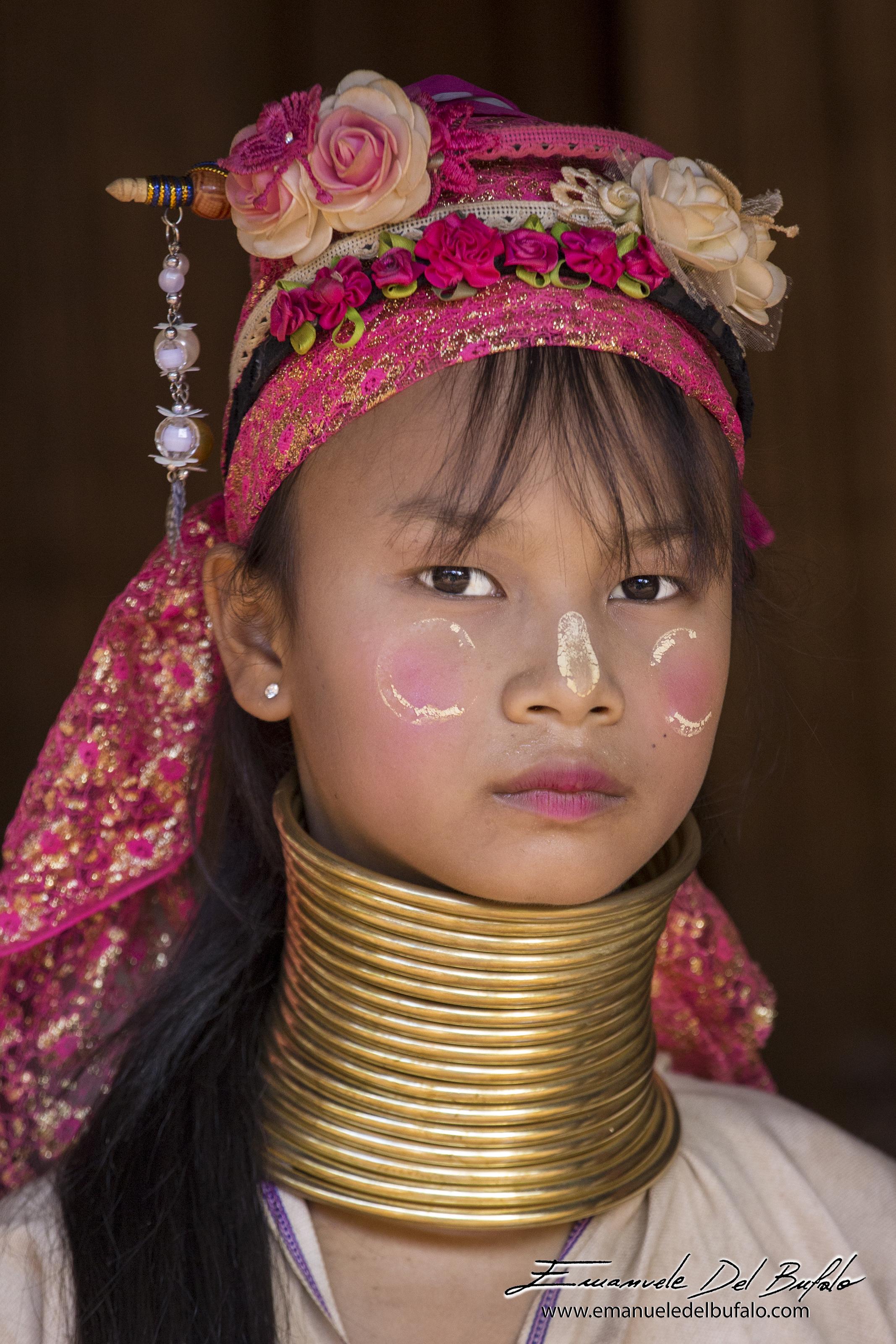 www.emanueledelbufalo.com #thailand #asia #chiang_mai #people #portrait #karen #culture #girl