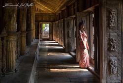 www.emanueledelbufalo.com #myanmar #burma #mandalay #golden_palace_monastery #girl #portrait #people