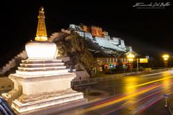 www.emanueledelbufalo.com #tibet #lhasa #potalapalace #photography #night #longexposure #UNESCO #tra