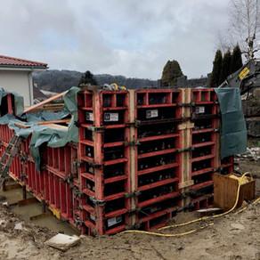 Baustart Wohnhaus mit Pool