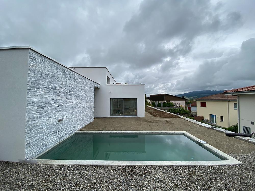 wohnhaus-pool-garten-zetzwil-gb-architektur