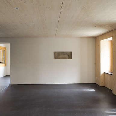 wohnzimmer-fugenloser-bodenbelag-aarau-gb-architektur