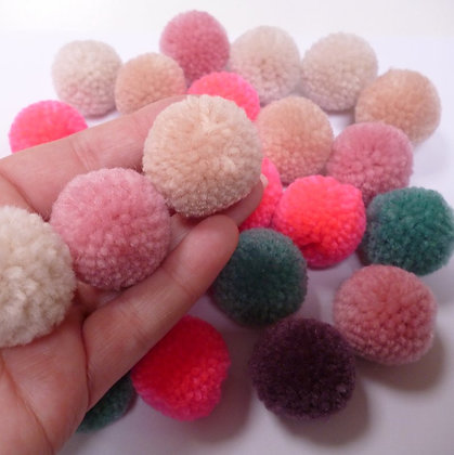 Box of Pom Poms :: Yarn :: Jolly Christmas Pastel