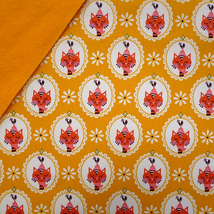 Fabric Felt :: VK Scallop Cat Yellow on Mustard