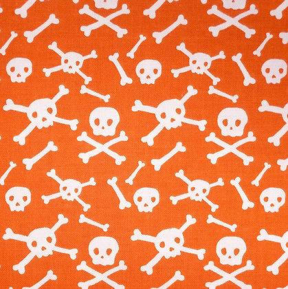 Fabric :: Cats, Bats & Jacks :: Skull & Crossbones